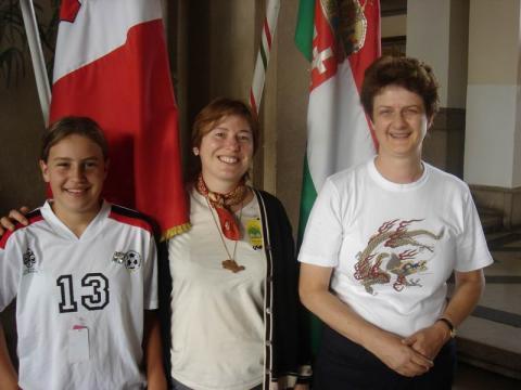 Andrea Thanner a Német Origami Szövetség elnöke lányával és Villányi Mariannal