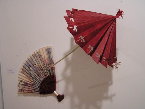 Dobóczki Józsefné: Legyező és esernyő