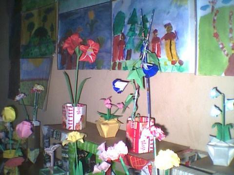 Papaver, Amaryllis, Hecht money bill flower, Calendula, Convolvulus, Verdi váza
