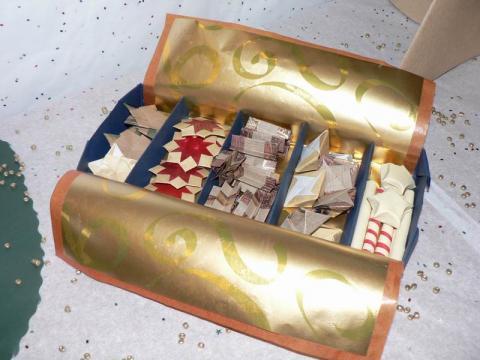 Ajándékok dobozban