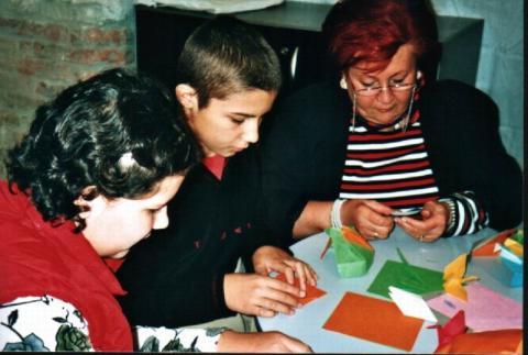 2005-ben a papírkészítés kiállításon