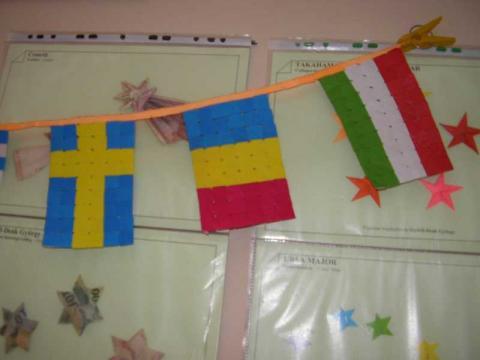 Györfi-Deák György: Zászlók Verrill-modulból
