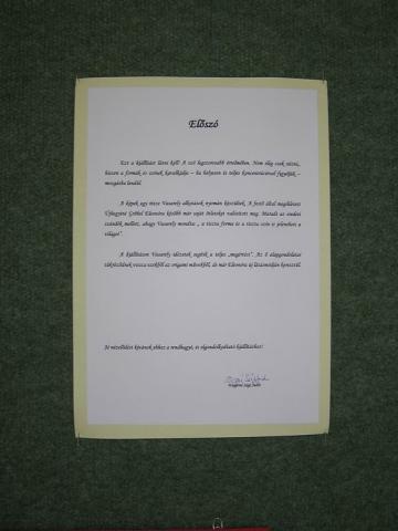 A Vasarely nyomában origamival című kiállítás ajánlása